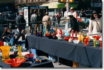 アンティークコレクションとビンテージグッズを探すためにフリーマーケットに行ってみよう。輸入雑貨仕入方法特集です。